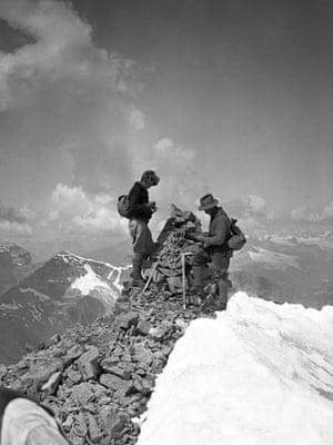 Canada parks : canada banff climbers