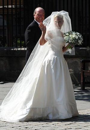 Royal wedding: Zara Phillips