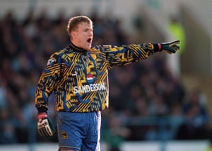 goalkeepers: Sheff W V Liverpool