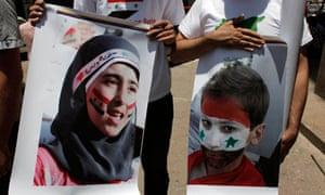 Anti Syria regime protesters in Cairo