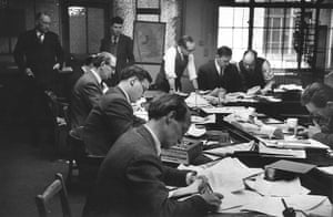 News of The World History: Saturday afternoon in the newsroom at the News of The World