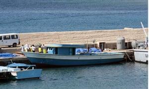 lampedusa boat
