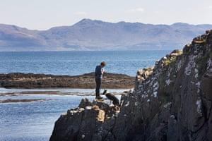 Sarah Boden: Sarah Boden lambing in the Hebrides
