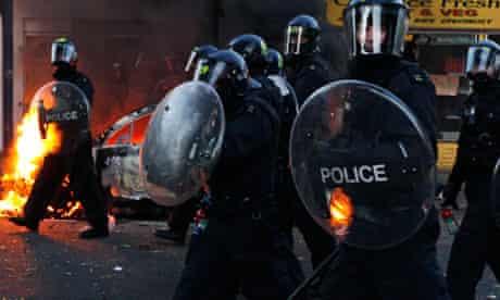 Riot police hackney II