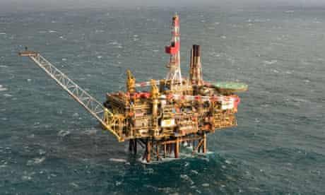 Shell platform Gannett Alpha in the North Sea