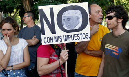 A protest against the cost of the Pope's visit to Madrid
