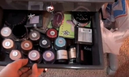 Here's the makeup I bought earlier: 'hauling'