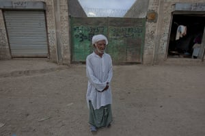 FTA: Adrees Latif   : Bkhush poses for a portrait in the same location