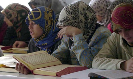 Women at Sevket Basak mosque