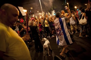 FTA: Oded Balilty: Thousands of Israelis march against the rising cost of living