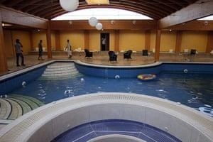 Gaddafi houses: swimming pool