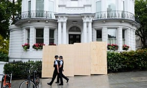 Notting Hill prepares for the carnival