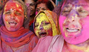 24 hours in pictures: Supporters of Anna Hazare with faces smeared in colour