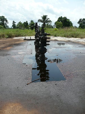 NIger Delta: The wellhead near village of K-dere, Ogoniland