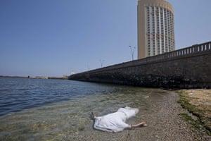 Sean Smith in Libya: 24 August: A body lies in the Mediterranean sea