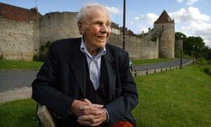 Lord Deedes dies aged 94