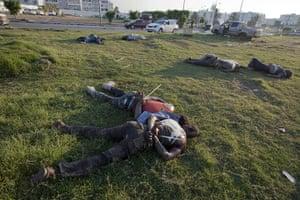 Sean Smith in Libya: 25 August: Bodies lie outside the south gate of Bab al-Aziziya compound