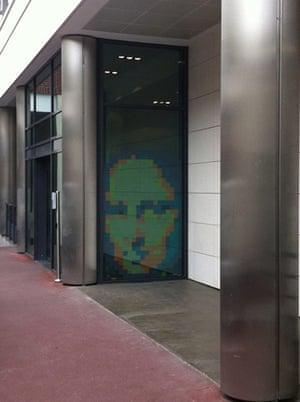 Post-it wars: Mona Lisa