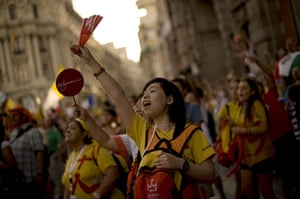 FTA: Jorge Guerrero: Pilgrims react as they wait for Pope Benedict XVI's visit in Madrid