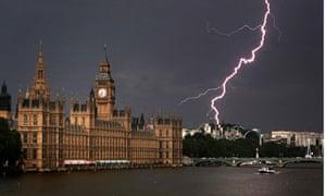 Lightning strike near Houses of Parliament