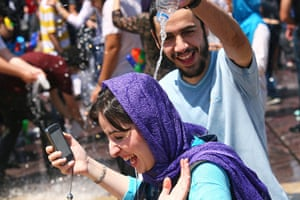 Water gun festival: More than 500 people participated in the festival