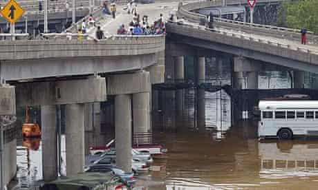 New Orleans bridge after Hurrican Katrina