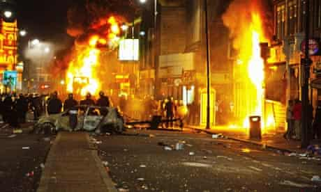 Tottenham Riots burning cars