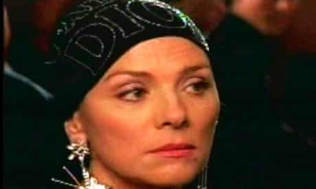 Kim Cattrall has chemotherapy in Sex and the City