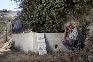 Al-Walaja: Ahmad Barghouth