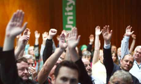 TUC delegates vote to approve balloting members to strike