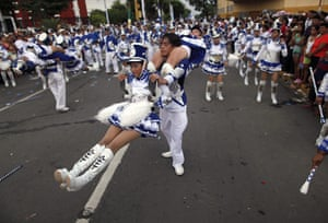 24 hours in pictures: Managua, Nicaragua: Students parade