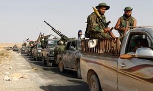 Anti-Gaddafi fighters advance on Bani Walid city centre