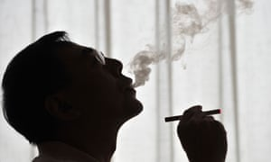 The government's 'nudge unit' is encouraging smokers to try electronic cigarettes