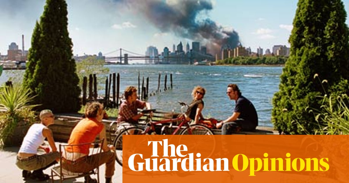 The meaning of 9/11's most controversial photo | Jonathan Jones