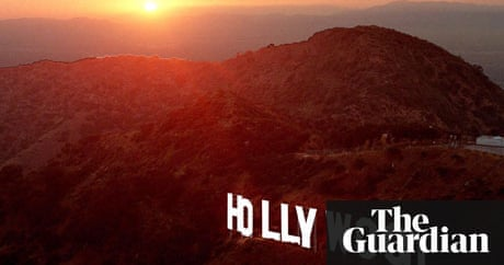 Hollywood Sign Neighbours Voice Anger As Tourism Grows