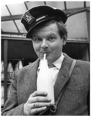 Comedians: Benny Hill, 1958