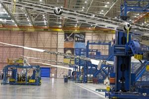 boeing 787 dreamliner: assembly line in Everett, Washington