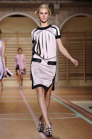 Milan Fashion Week: Versus Spring/Summer 2011