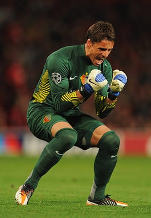 Champions League Tuesday: Basel goalkeeper Yann Sommer celebrates after Alexander Frei equalises