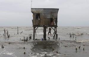 24 hours in pictures:  Typhoon Nesat