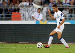 Players in Fifa 12: Simone Benedetti of Inter