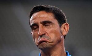 Europa League: A dejected AEK Athens coach Manuel Jimenez