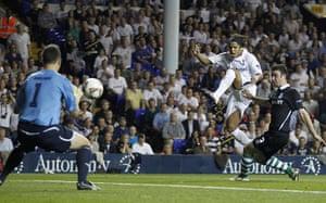 Europa League: Giovani dos Santos scores Spurs' third goal against Shamrock Rovers