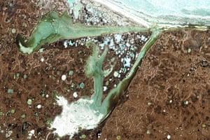 Satellite Eye on Earth: Omulyakhskaya and Khromskaya Bays, Russia