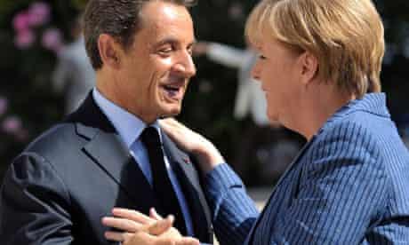 Nicolas Sarkozy welcomes Angela Merkel