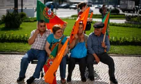 Supporters of Portugal's prime minister, Pedro Passos Coelho