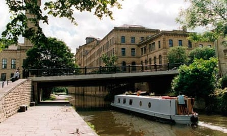 Canal, Saltaire