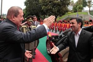 Ahmadinejad visits Chávez: Chávez welcomes Ahmadinejad