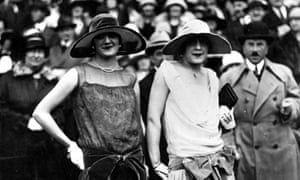 Two flappers circa 1925