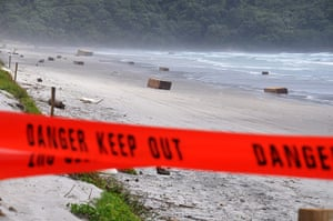 Rena breaks up: Containers washed up on Waihi Beach
